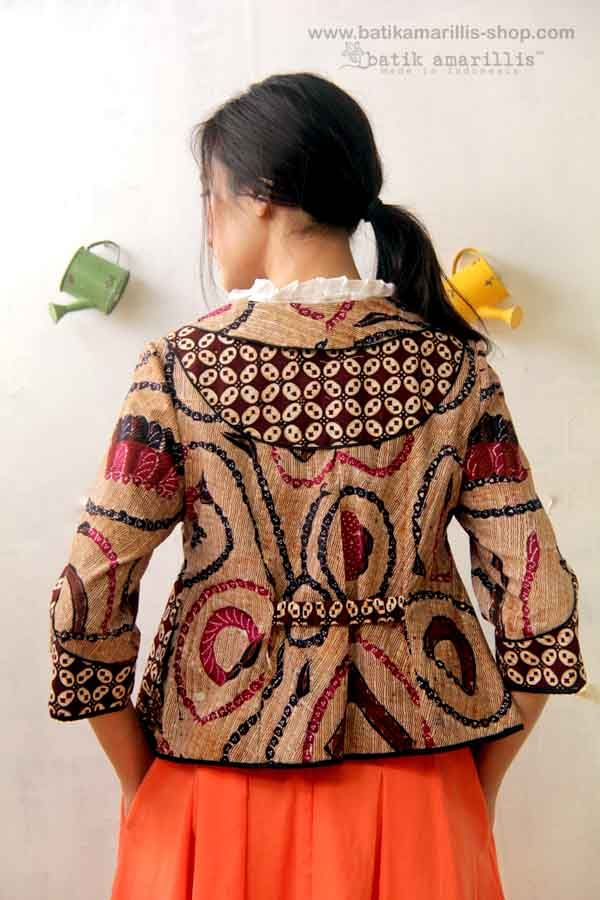 Batik Amarillis's West and girl  ...The western inspired style of clothing is…