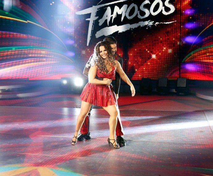 "Vivi Araújo encerra 1ª fase da ""Dança dos Famosos"" mais líder do que nunca #Anitta, #Atriz, #DeborahSecco, #Famosos, #Funk, #Globo, #Grupo, #Ludmilla, #Mulheres, #Musical, #Novidade, #Objetos, #Programa, #Rapper, #RioDeJaneiro, #Tv, #TVGlobo http://popzone.tv/vivi-araujo-encerra-1a-fase-da-danca-dos-famosos-mais-lider-do-que-nunca/"