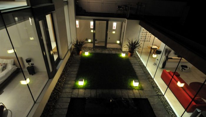 grand designs belfast northern ireland internal courtyard fully protected from winds. Black Bedroom Furniture Sets. Home Design Ideas