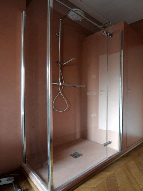 Oltre 25 fantastiche idee su pareti per doccia su - Pareti doccia in resina ...