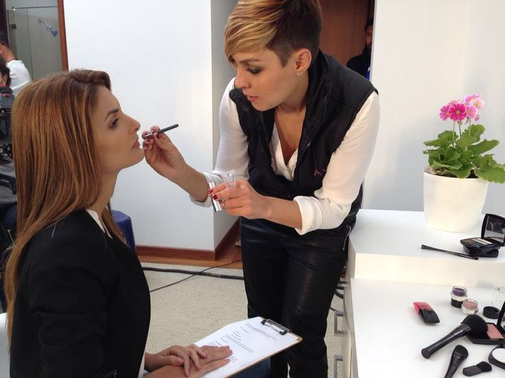 Cápsulas AVON CARACOL TV Siad Char Marysol López