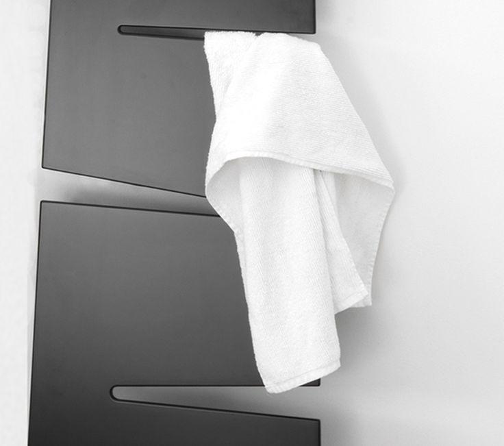 86 best Showers forecast images on Pinterest Bathroom, Half - porte serviette salle de bain design