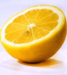 Perché fa bene, anzi benissimo, mangiare la scorza di limone