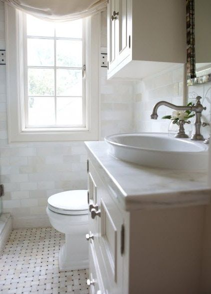 Remodeling Tiny Bathroom | white remodeling small bathroom on a budget