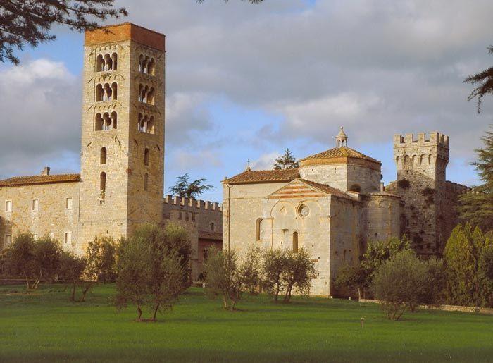Gardens in Tuscany   Abbadia d'Ombrone and Monastero d'Ombrone near Castelnuovo Berardenga   Podere Santa Pia, hidden treasure in the south of Tuscany