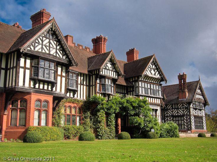 Wightwick Manor, near Wolverhampton | by ceeko