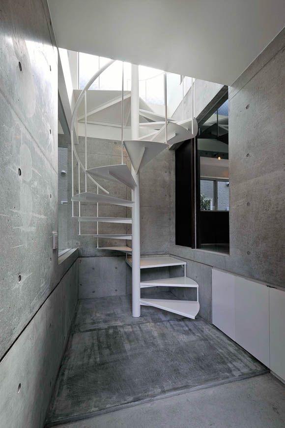 狭小住宅 ビリヤードルーム&広がり空間 アーキッシュギャラリー