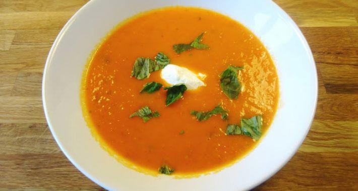 Een lekkker en authentiek recept voor Italiaanse tomatensoep.