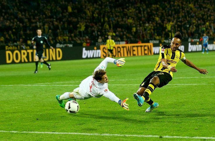 Liga Jerman: Dortmund Pesta Gol ke Gawang Hamburger SV -  https://www.football5star.com/berita/liga-jerman-dortmund-pesta-gol-ke-gawang-hamburger-sv/
