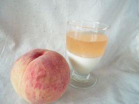 「桃とヨーグルトムース」haru*hana | お菓子・パンのレシピや作り方【corecle*コレクル】