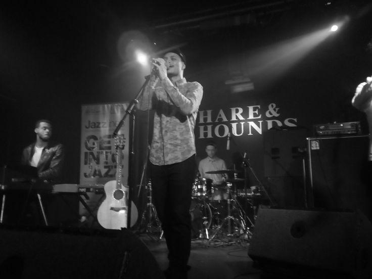 Jose James - singing 'Trouble'