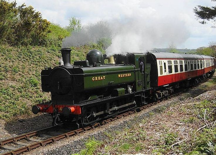 The Bodmin & Wenford Railway -  Ex G.W.R. Pannier Tank - No 4612 - Aproaching Bodmin General