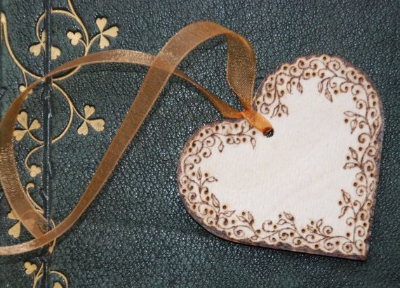 Wooden heart tag, personalised, decorated with pyrography.