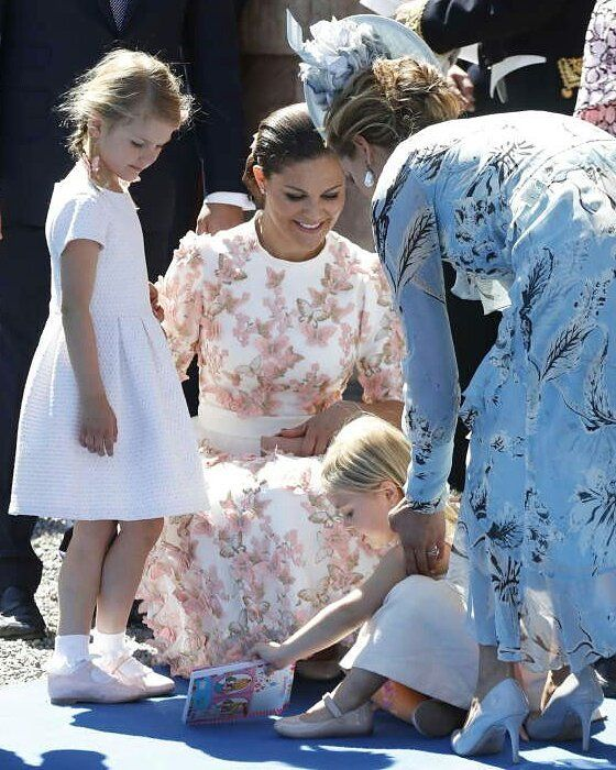 Princess Estelle with her mama Crown Princess Victoria, her aunt Princess Madeleine and her cousin Leonore at Victoria's 40th birthday, July 2017