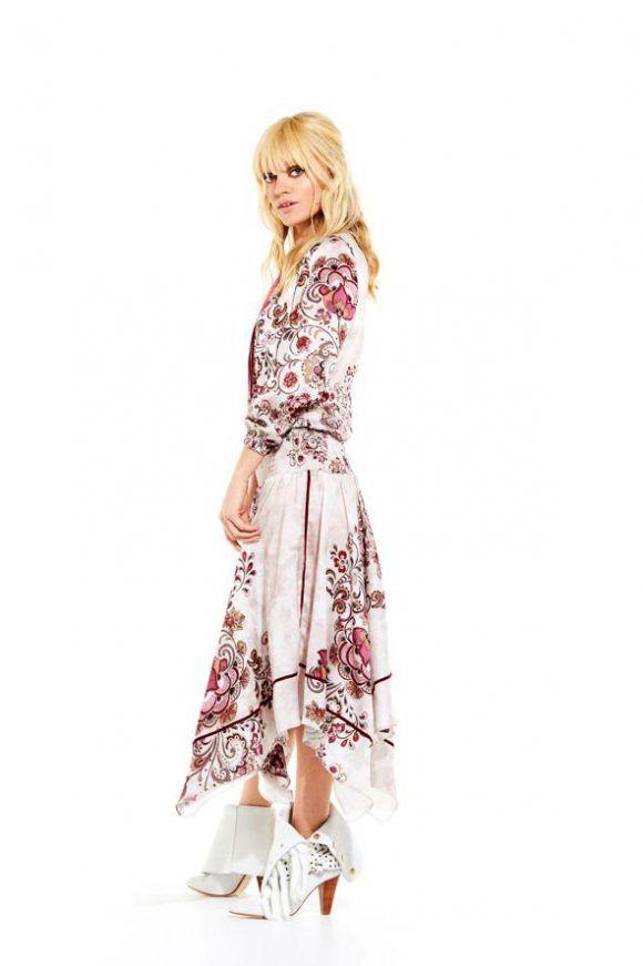 Te gusta el  vestido Pamela White Folk de la firma de  moda ... 71fc65e1cfd75