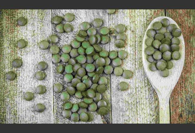 Spirulina, kelp, kombu, nori, wakame, sono i nomi di alcune alghe commestibili usate in cucina e nella preparazione di integratori alimentari. Le conosci?