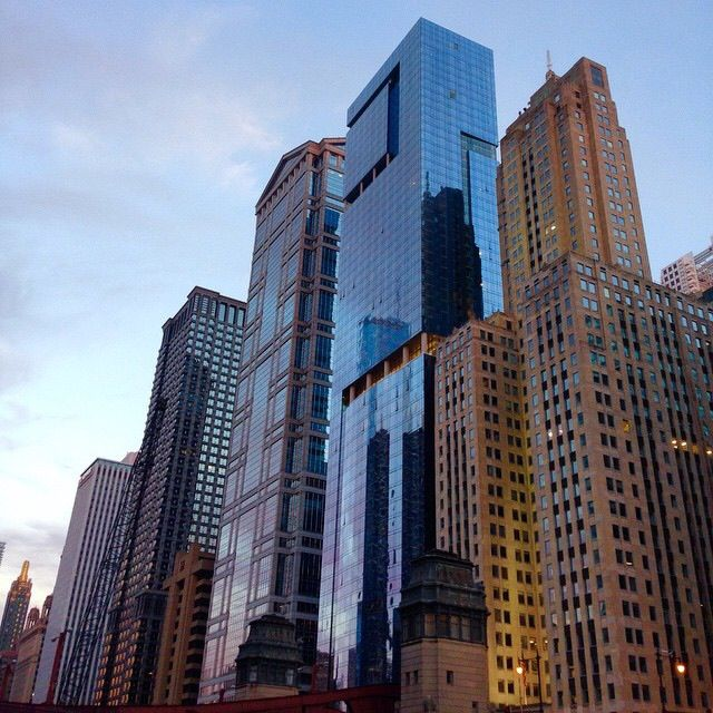 100 best buildings of chicago architecture foundation river cruise