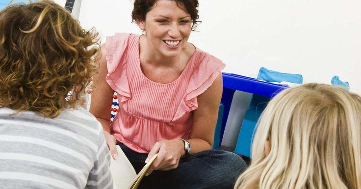 Cómo escribir una carta de ausencia a la escuela de mi hijo. La mayoría de las escuelas requieren una nota de los padres explicando la razón de la ausencia de un estudiante. La nota debe ser enviada con el niño cuando regrese a la escuela para asegurar que la ausencia es justificada.