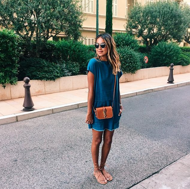 Sincerely Jules in the Wilfred Free Nori dress.