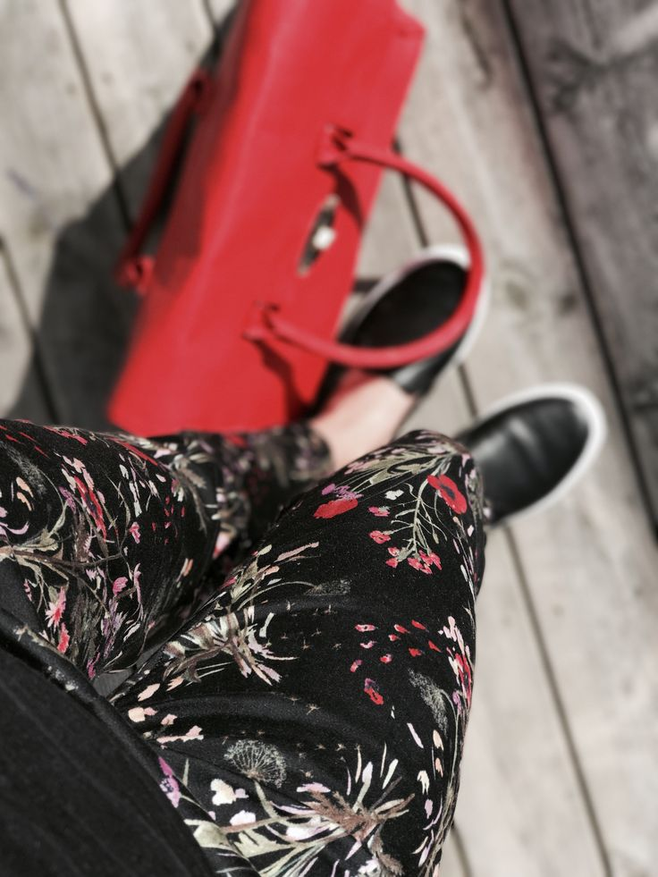 Floral pants 🙌