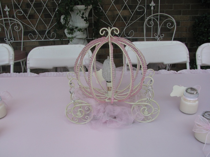 1000 images about centerpieces on pinterest baby for Baby carriage decoration