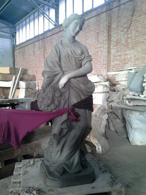 """""""Autunno"""" prima della cottura / """"Autunno"""" before firing. Handmade pottery by Patriano S.r.l."""