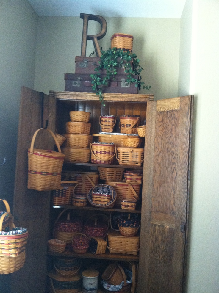 Longaberger basket display...WOW!!! | Mi Casa | Pinterest ...