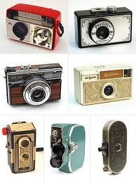 Sweet camerasRetro Cameras, Stuff, Vintage Wardrobe, Vintage Cameras, Photos Cameras, Cameras Collection, Things, Photography, Old Cameras