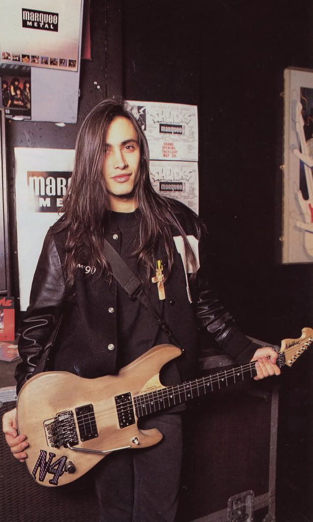 Barbara Kowal uploaded this image to 'Nuno Bettencourt and Extreme'.  See the album on Photobucket.