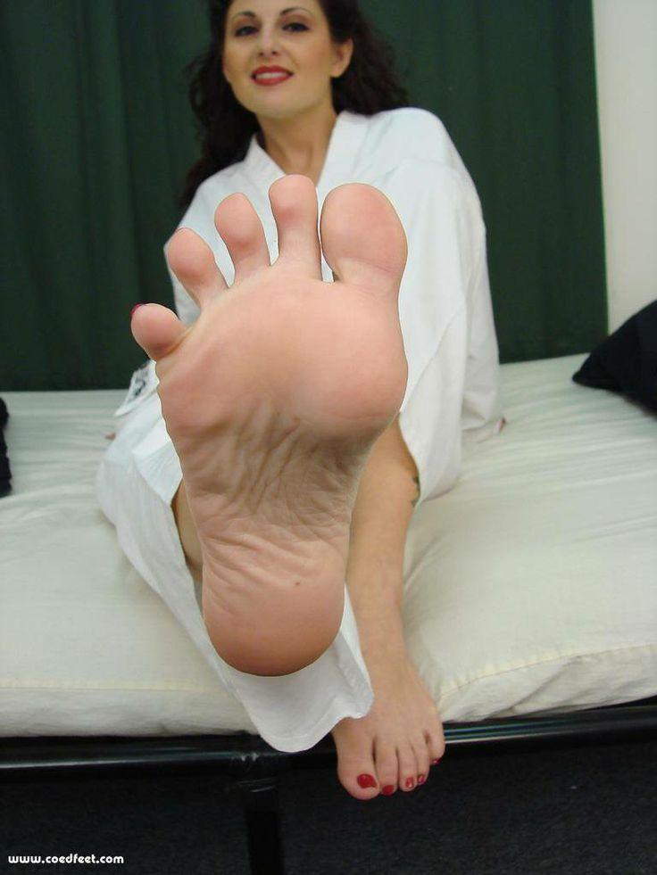 Foot fetish masturbation-8490