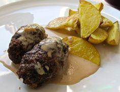 Persiljejärpar är en klassisker inom svensk husmanskost och tillsammans med en god gräddsås samt potatis så är det svårslaget. Vi gör alltid våra järpar på