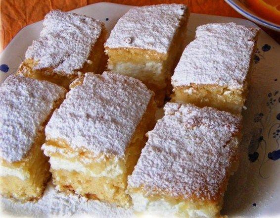 A legfinomabb túrós sütemény receptjét osztom meg most veletek, ha szeretitek a túrós süteményeket, akkor ezt a túrós süteményt imádni fogjátok, garantálom!