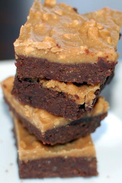 PB Quinoa Brownies - Vegan & gluten free