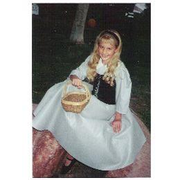 Sleeping Beauty's Briar Rose Costume | 20 Disney Costume Ideas for Kids | Crafts | Disney Family.com