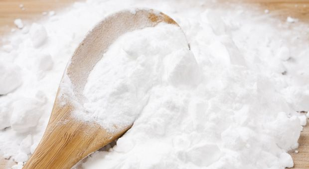 Beauty Uses for Baking Soda - Ways to Use Baking Soda for Hair and Skin - Redbook