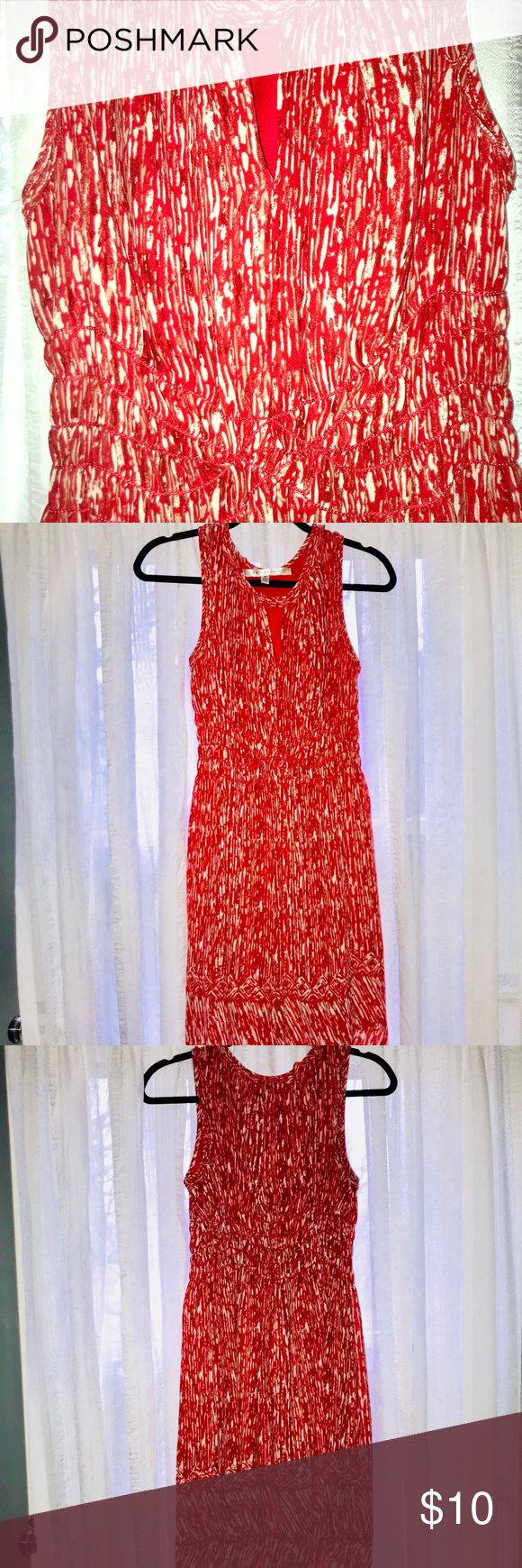 MAXSTUDIO Red and White Patterned Key hole dress Max Studio Dress Size M.  Red & White Pattern. Features include a keyhole neckline and smocked waist. Great condition no defects. Smoke free home. Dress is lined. Max Studio Dresses