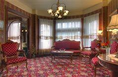 The Gingerbread Mansion Inn in Ferndale, California | B&B Rental
