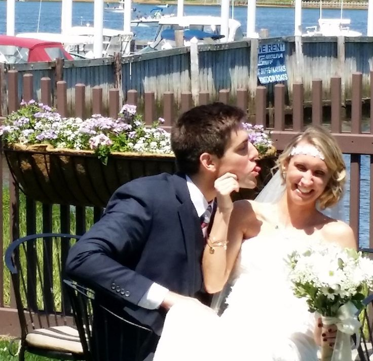 Congratulations James and Samantha! They had a beautiful ceremony today at Salt Creek Grille Rumson http://www.jerseyshoreweddingofficiant.com/blog/wedding-ceremony-at-salt-creek-grille-rumson-new-jersey