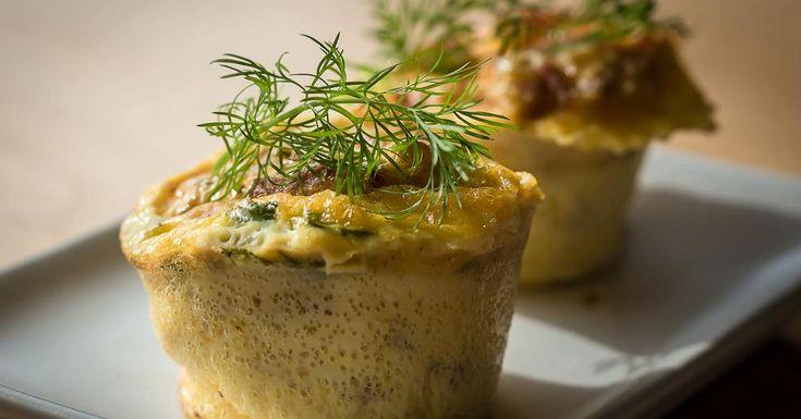 Cuisine-à-Vous - Ham & cheese eiermuffins met verse kruiden