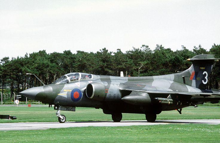 Buccaneer DF-ST-83-04580 - Blackburn Buccaneer - Wikipedia, la enciclopedia libre