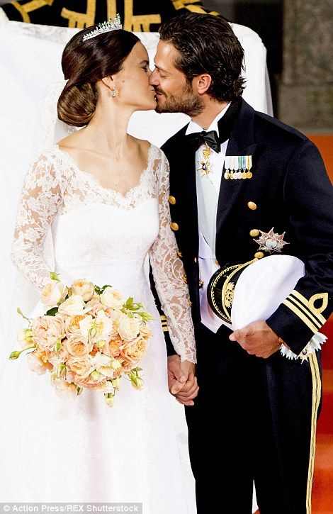 Sofia Hellqvist weds Prince Carl Philip in Sweden royal wedding | Daily Mail Online