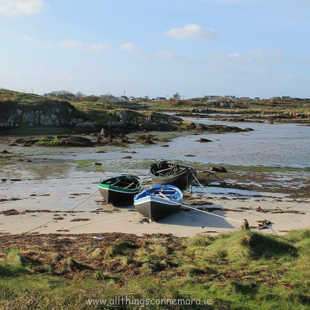 Winter sun is far and few but when its out #connemara is at its best Picture taken last Sunday at Mweenish Island#discoverireland #connemara #carna #islandsofadventure #failteireland #connemaralife #irelande #ireland #boats #sea #sands