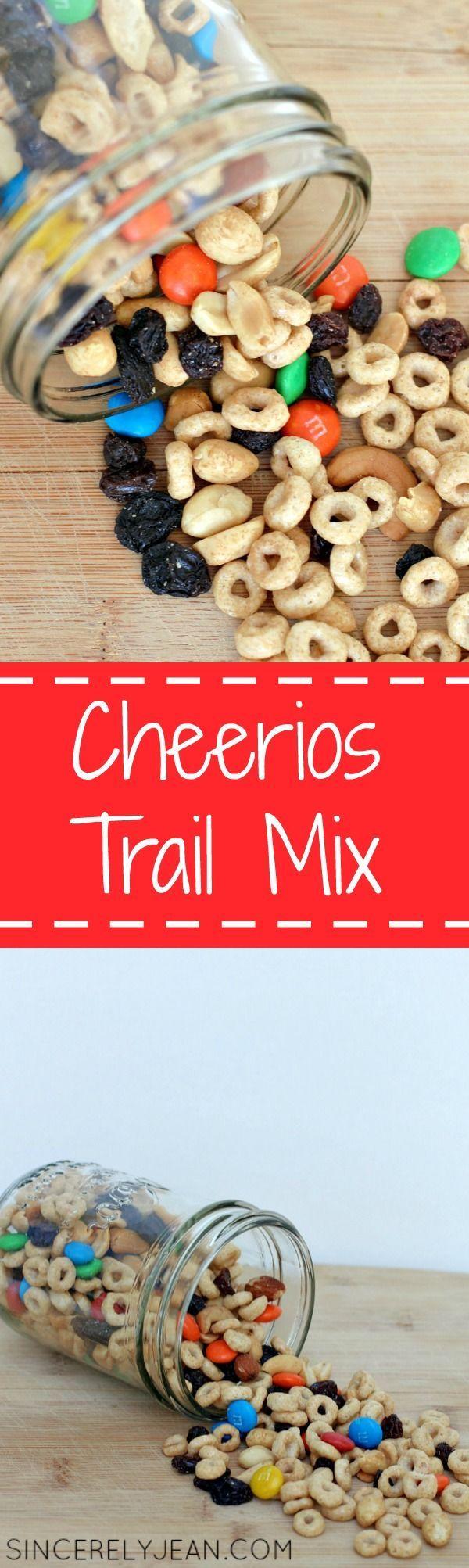 Cheerios Trail Mix - Yummy and easy summer snack! | www.sincerelyjean.com #summerofcheerios