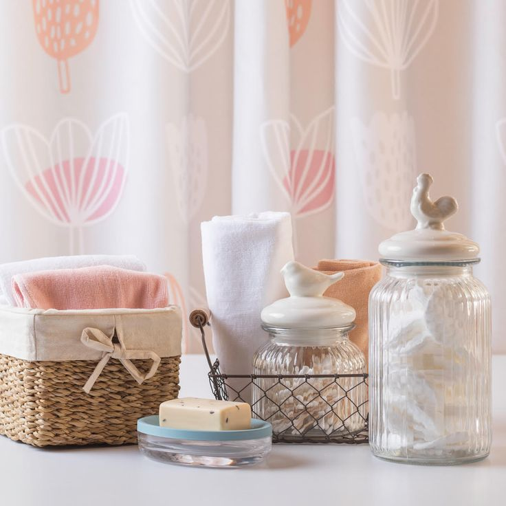 #TipCasaideas Si tienes un baño organizado, seguro se verá lindo y además podrás tener todos tus objetos a la vista. Mira este tip para organizar tu espacio >> http://on.fb.me/21ziXMl Otoño - Invierno 2016