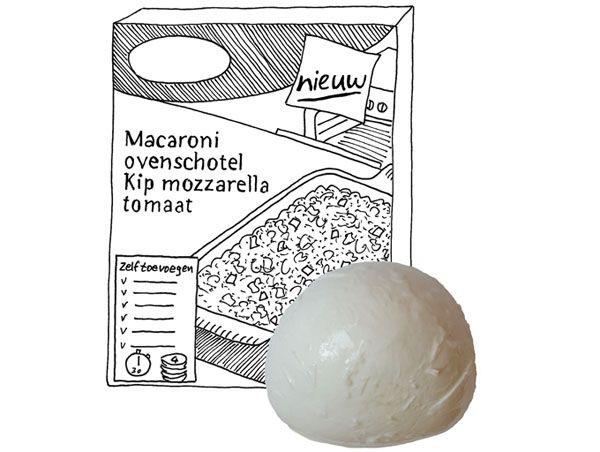 Macaroni-ovenschotel met mozzarella en tomaat