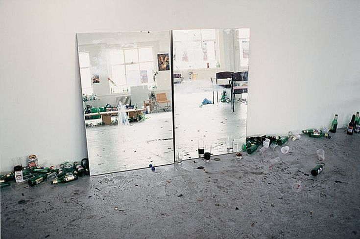 Wolfgang Tillmans, after party (c), 2002, © Wolfgang Tillmans. Courtesy Galerie Buchholz, Cologne/Berlin.
