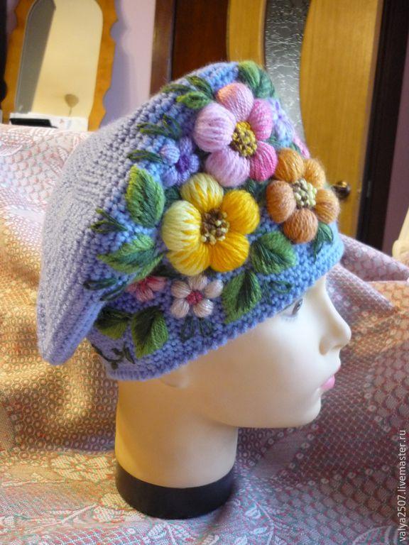 """Купить Берет с ручной вышивкой """" Голубой с цветами"""" - васильковый, цветочный, берет вязаный"""