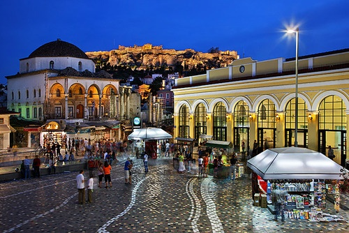 Spectacular view! Entrance from Monastiraki to Plaka (Athens)