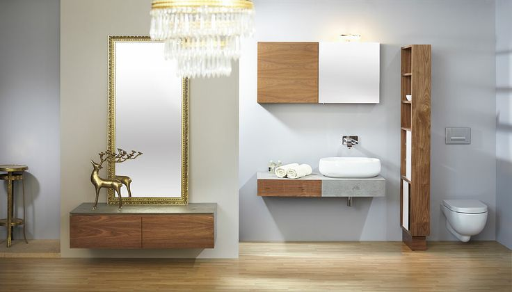 Modern bathroom Le Bon Spaces.