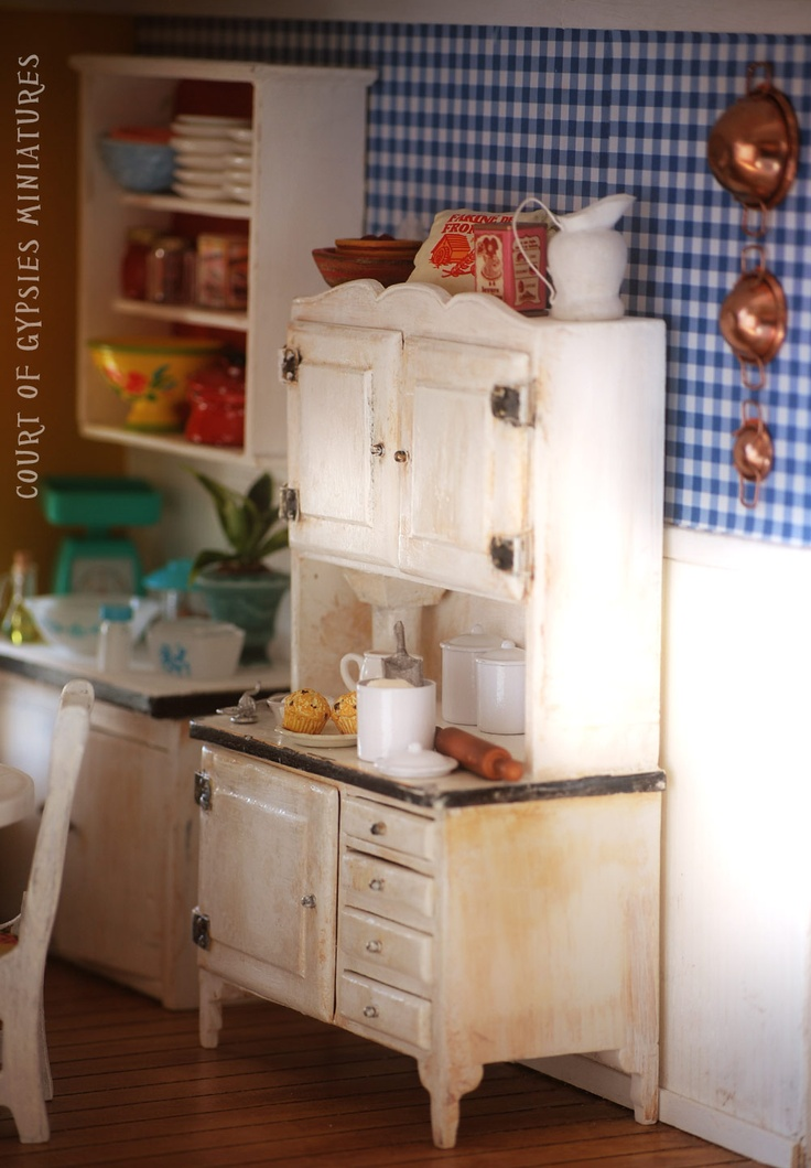 Now, how could you distress that blue checked wallpaper to match the age of the stove...hmmm... miniature ktichen